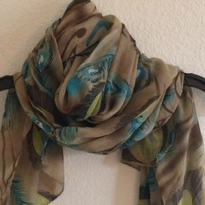 Peacock feather patterned scarf